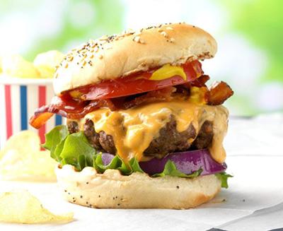 All-American-Hamburgers_EXPS_THJJ17_29321_D02_03_5b-1-696x696.jpg